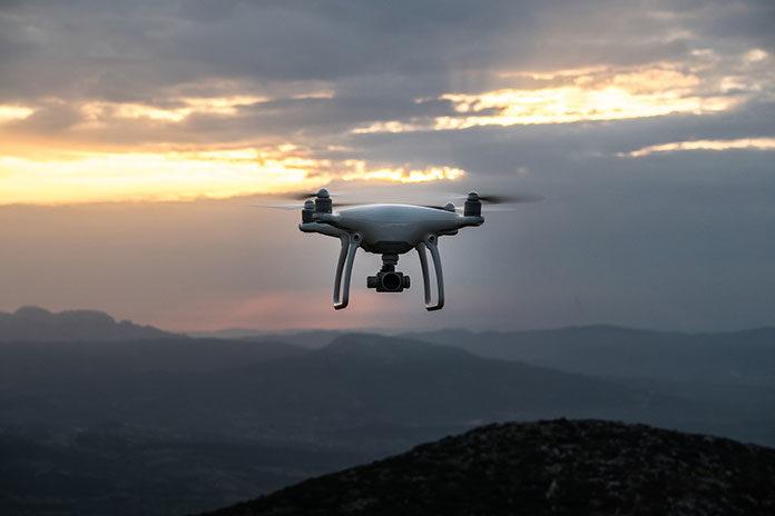 Drony do zastosowań profesjonalnych – co warto o nich wiedzieć?