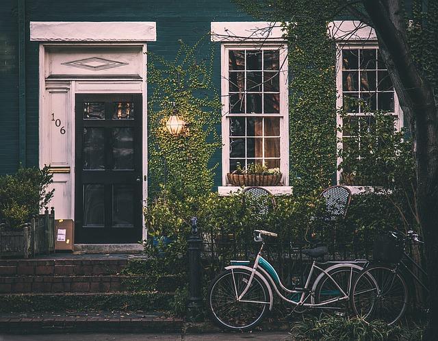 Mieszkanie z pośrednikiem czy samodzielnie?