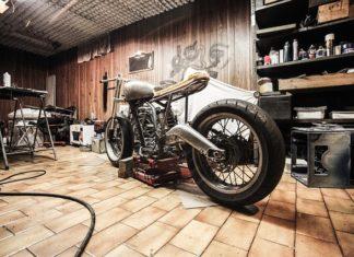 Jak zabezpieczyć swój motor na zimę