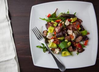Wskazówki, które pomogą marnować mniej jedzenia